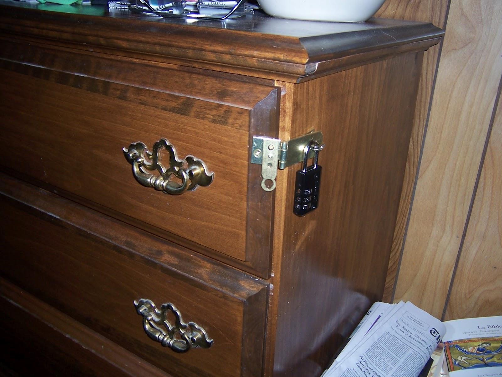miser mom locks and snares. Black Bedroom Furniture Sets. Home Design Ideas
