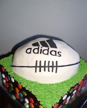 tarta de balón de rugby adidas