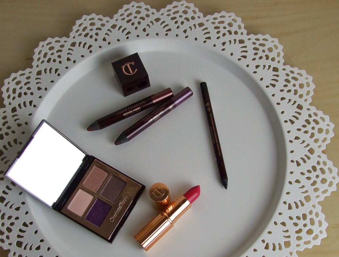 charlotte tilbury make-up lipstick kissing tree the glamour muse swatches