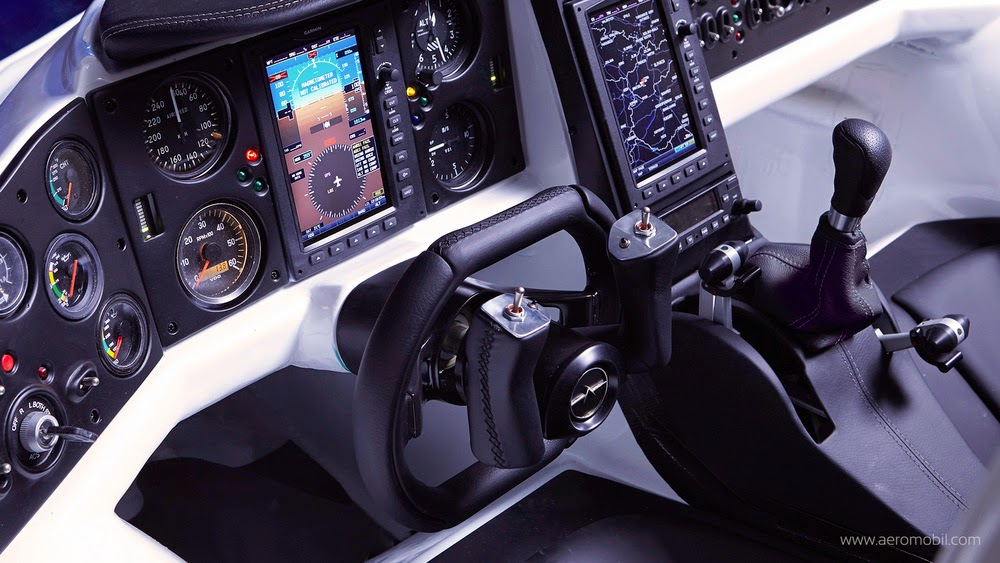Interior Mobil Terbang Aeromobil 3.0