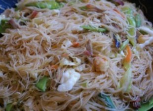 pancit bihon recipe is an all timme popular food for filipino during any occasion or just for merienda,pancit is a chinese recipe that trully love by eac filipino and has been part of our culture