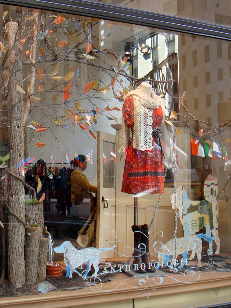 Beautiful window displays anthropologie fall forward for Anthropologie store decoration ideas