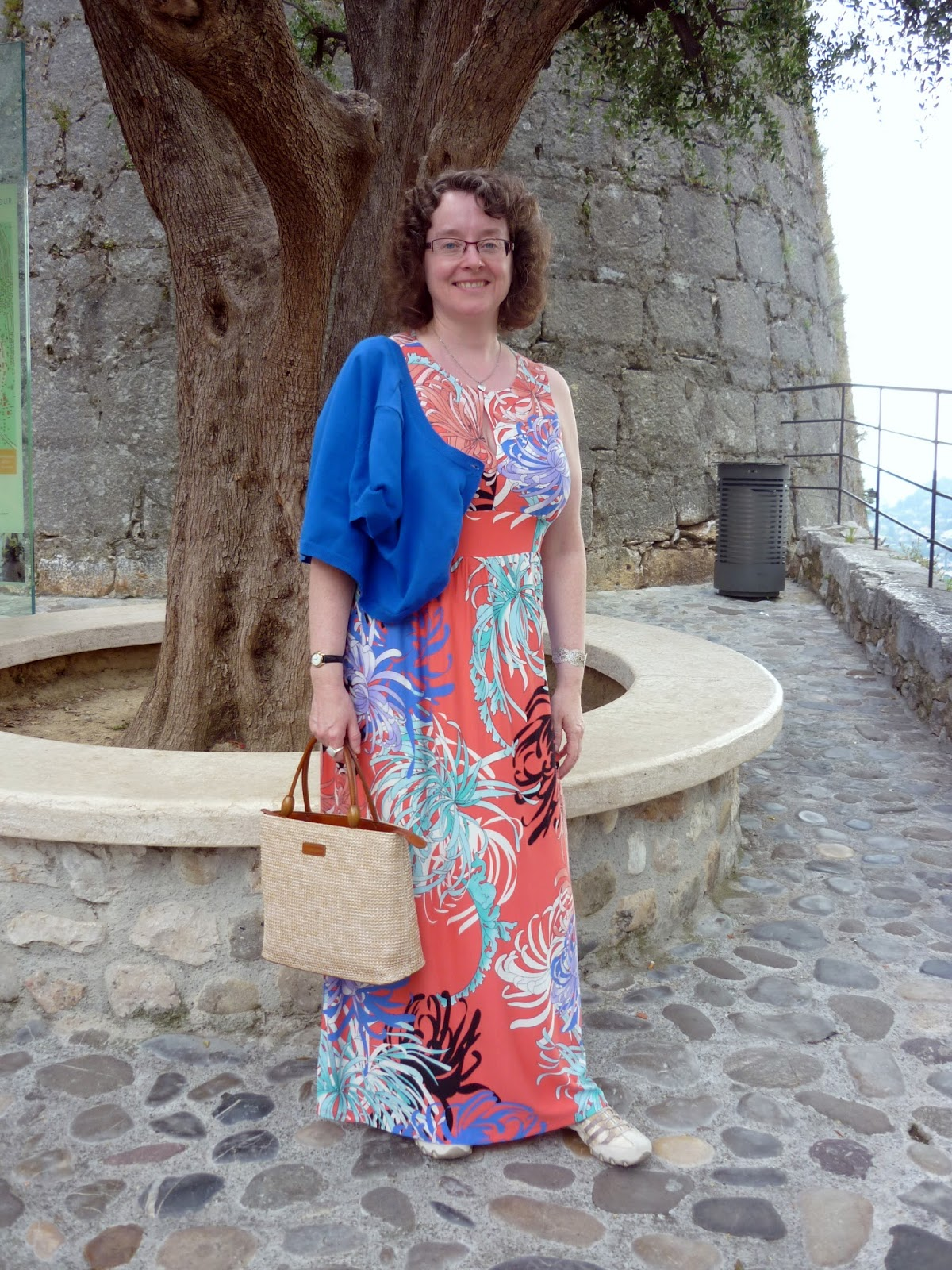 Maxi dress and bag