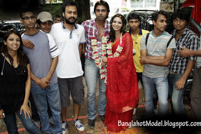 Banagladeshi model Apurbo with Prova