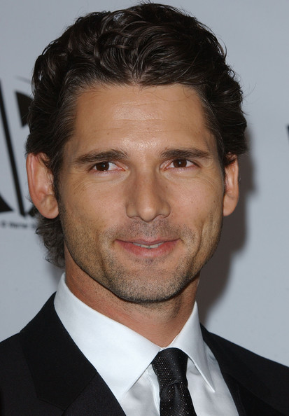 Casual Short Wavy Haircut with Black Hair Color for Men from Eric Bana Comb Sketch