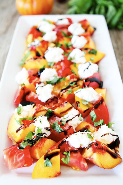 Tomato, Peach, & Burrata Salad @ TwoPeasAndTheirPod.com, another Pretty Way to Serve Tomatoes @ AVeggieVenture.com.