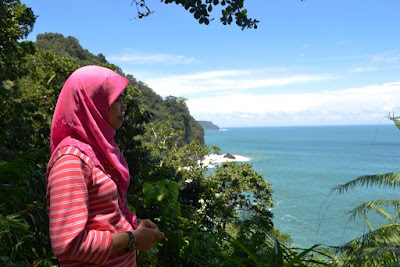 Teluk Ijo; Wisata; traveling; jalan-jalan