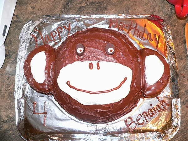 Fun Birthday Cakes without Food Coloring monkey | pambarnhill.com