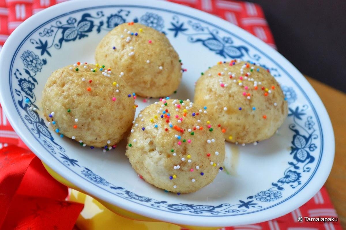 Eggless Baked Donut Holes
