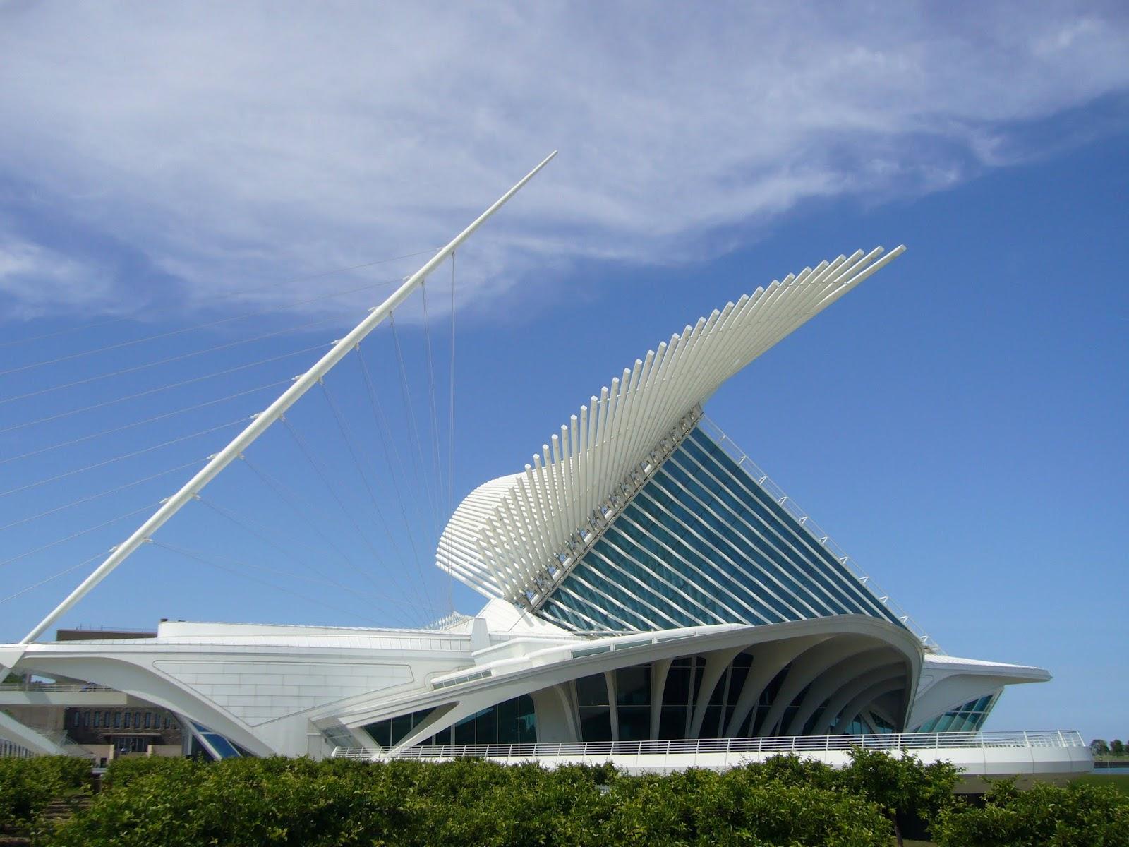gaudi calatrava urban architecture now
