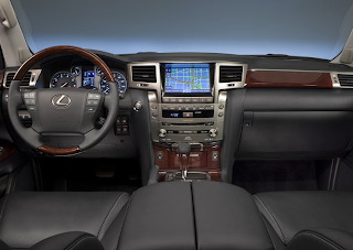 2013 Lexus LX570 interior