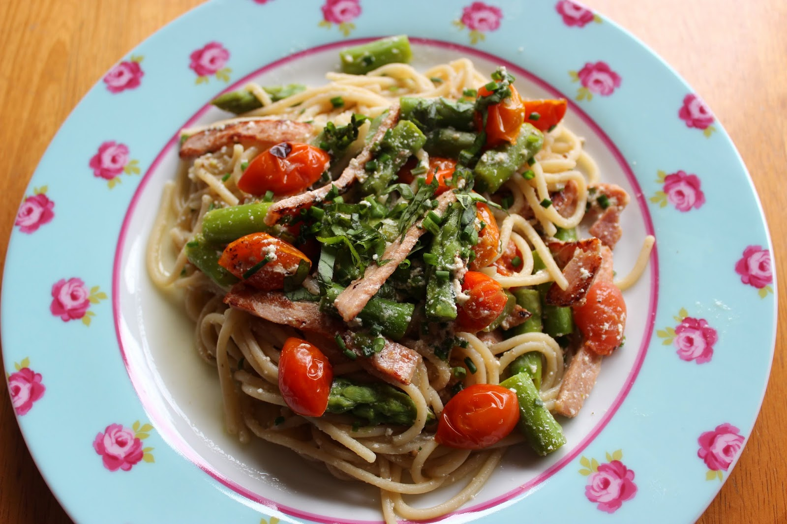 Weight Watchers Pasta with Creamy Asparagus Sauce