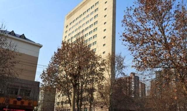 bangunan tipis di china