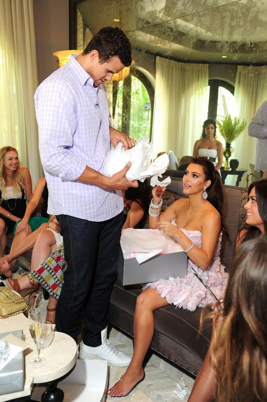 Kim Kardashian – Bridal Shower Party in Calabasas