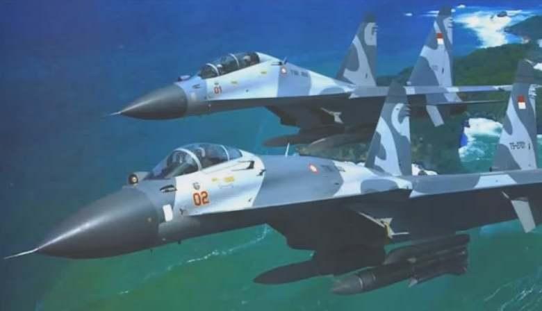 Gambar pemasangan rudal krypton di pesawat temput TNI AU