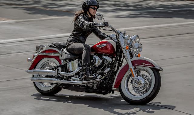 Retro Ducati Helmet