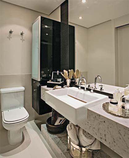 REFORMA e DECORAÇÃO  NOSSO PEQUENO AP Prateleira embaixo da pia do banheiro -> Banheiro Decorado Com Pia De Granito