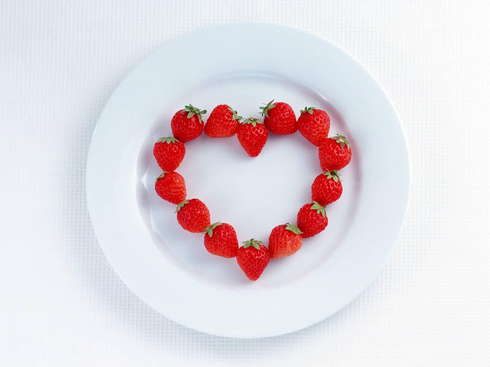 http://2.bp.blogspot.com/-fWCY-V_dpMY/Tehl84EfNyI/AAAAAAAABoc/Jo1WF_EYPFw/s1600/Love+wallpaper.jpg