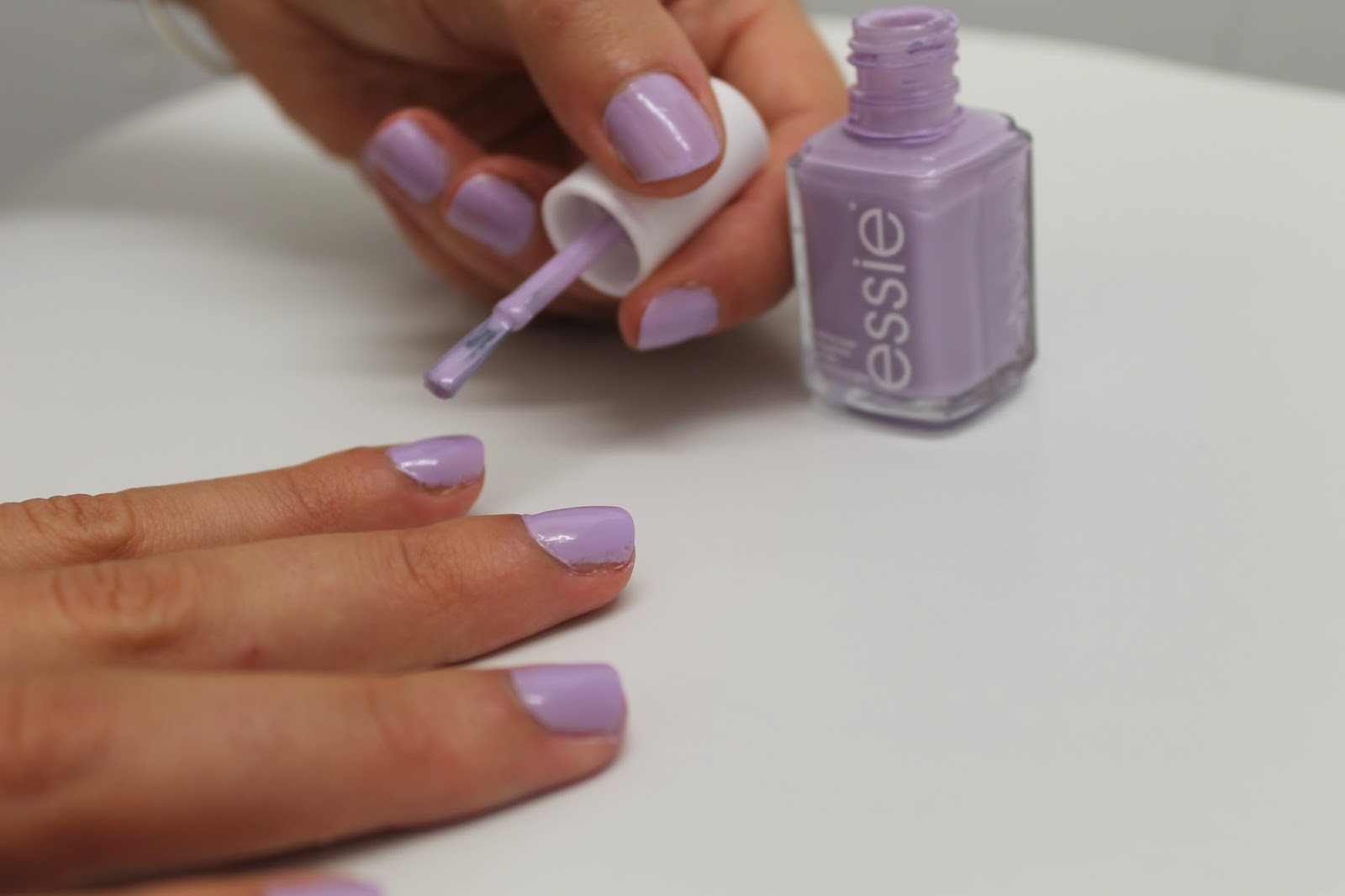 Fiocco Bianco: Under Where? Nail Polish by Essie review
