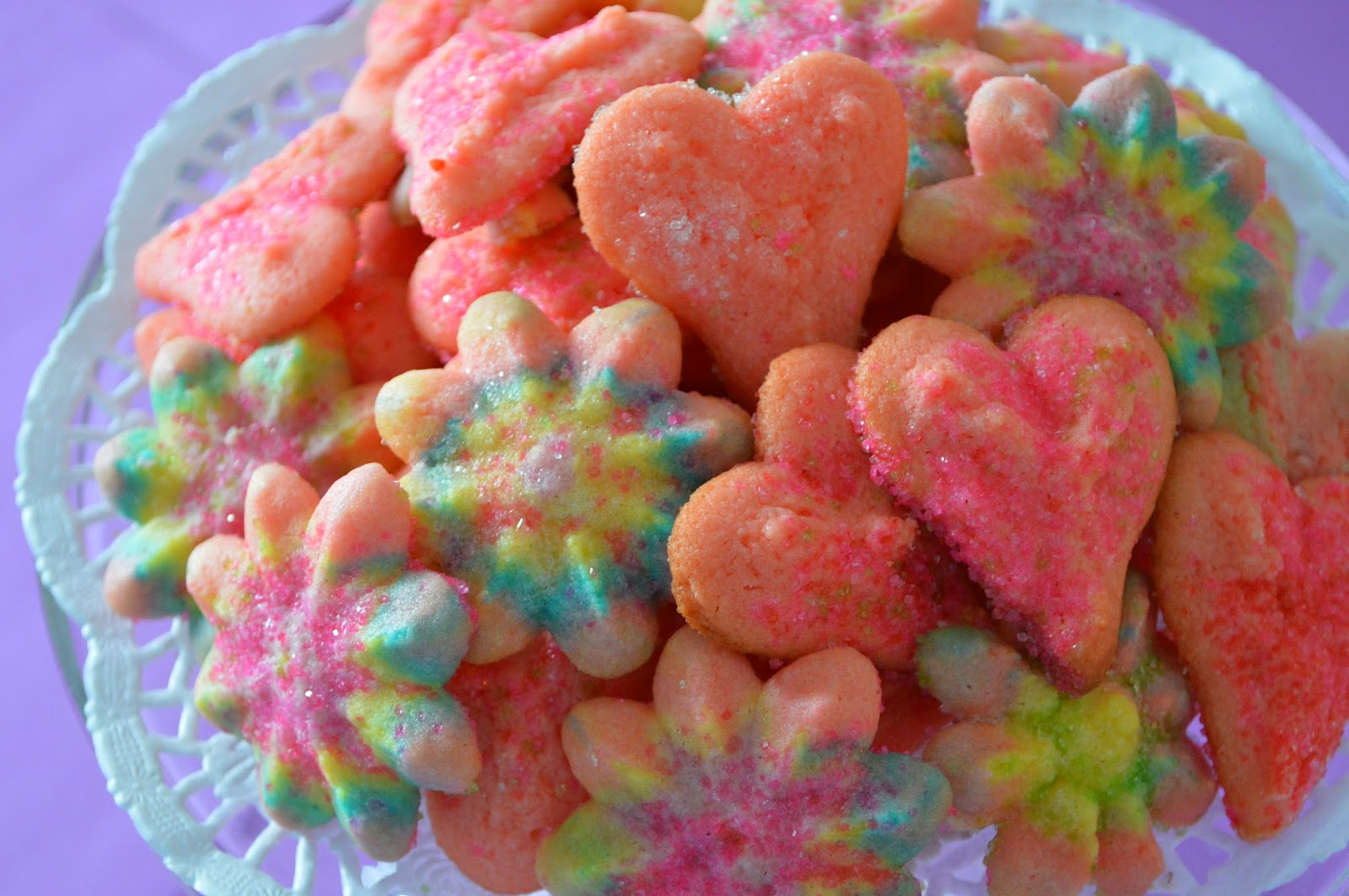 Blue Ribbon Kitchen: SNOW DAY! (again) Valentine spritz cookies