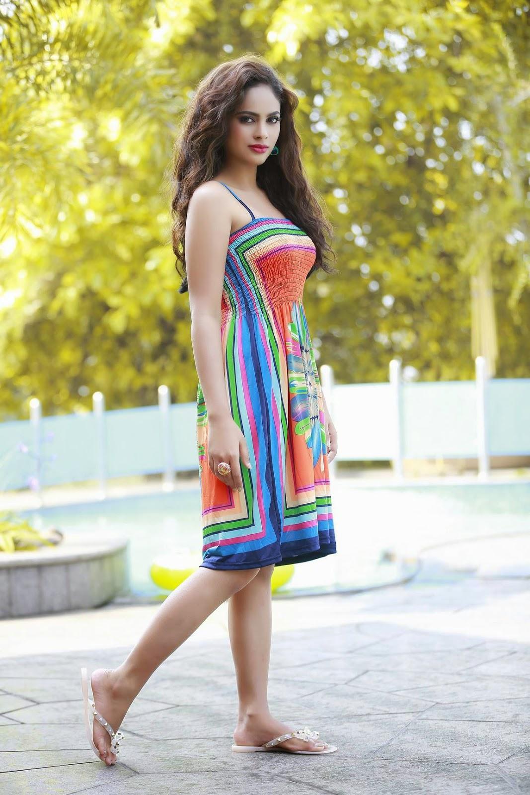 Nandita swetha glamorous photos-HQ-Photo-9