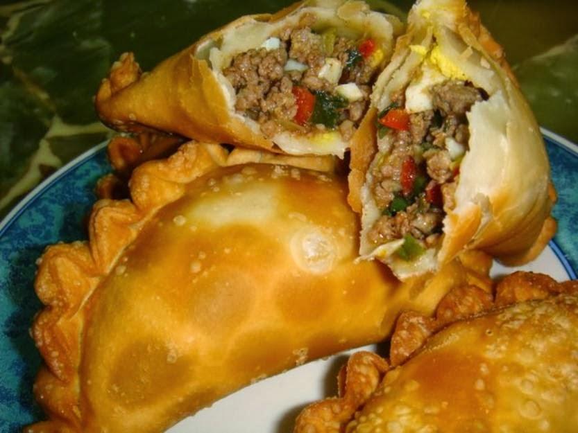 http://recipes.sandhira.com/chicken-empanadas.html