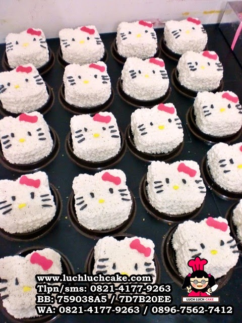 Mini Cake Hello Kitty Souvenir Ulang Tahun Daerah Surabaya - Sidoarjo
