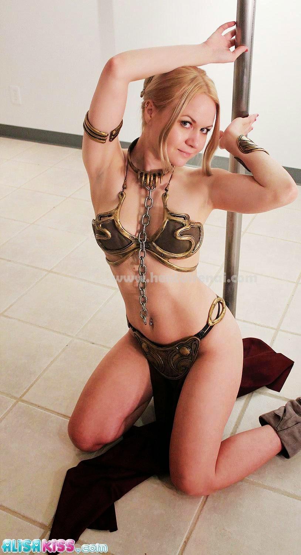 Slave Leia Organa (Alisa Farrington aka Alisa Kiss)