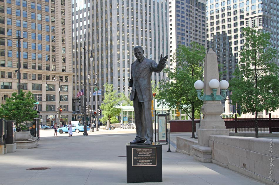 Photo Of One River Place Iniums Chicago Il United States Statue That