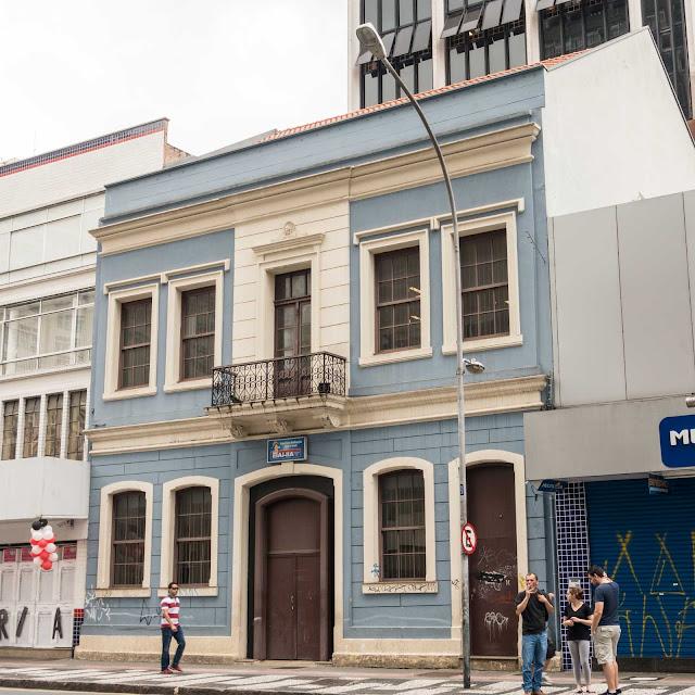 Sobrado na Rua Marechal Deodoro, 327 Curitiba