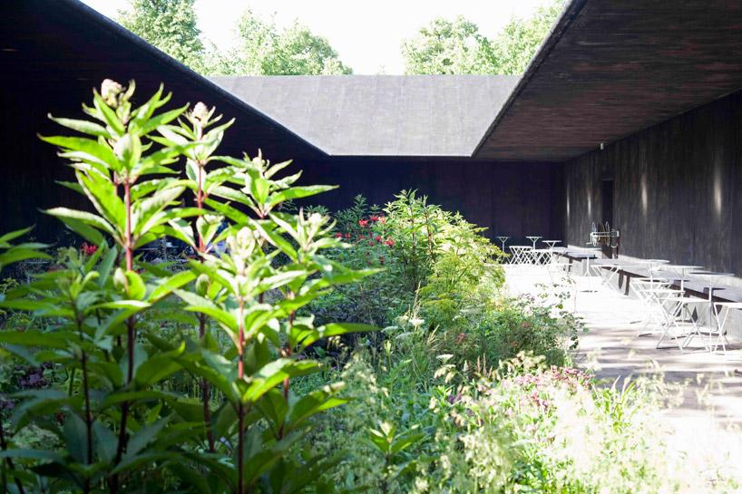 A f a s i a peter zumthor for Piet oudolf serpentine gallery