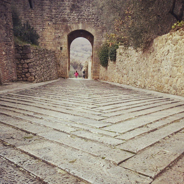 One of Monteriggioni's two town gates.