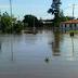 CHACO: CEDIERON LAS DEFENSAS Y EL PUEBLO VIEJO DE PUERTO BERMEJO QUEDÓ BAJO AGUA
