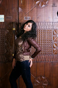 Saba Saudagar Photo shoot Gallery-thumbnail-7