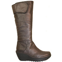 Fly Boots Yule1