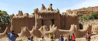 http://infomasihariini.blogspot.com/2015/11/inilah-misteri-masjid-nando-yg-dibangun.html