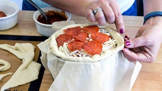 Easy Recipe for Pepperoni Pizza Cake