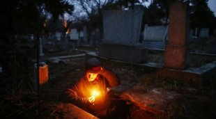 Astaga Pria ini Hidup Dalam Kuburan Selam 15 Tahun