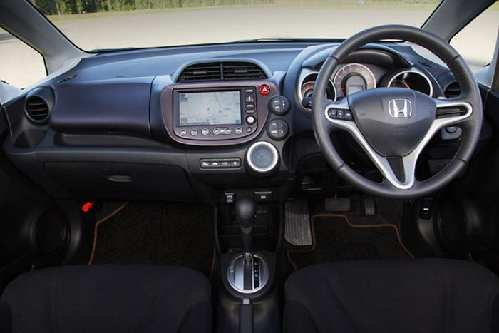 review honda jazz s at 2009. Black Bedroom Furniture Sets. Home Design Ideas