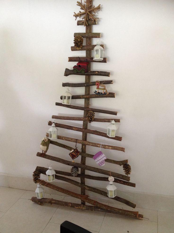 Reciclar reutilizar y reducir magn ficos rboles de navidad con troncos de madera - Arboles de navidad de madera ...