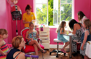 Salon for children