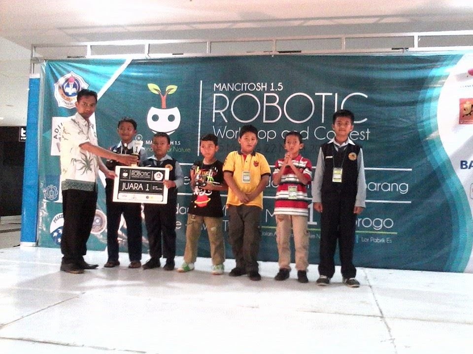 Tim Robotika SDMT Sabet Gelar Juara di PCC
