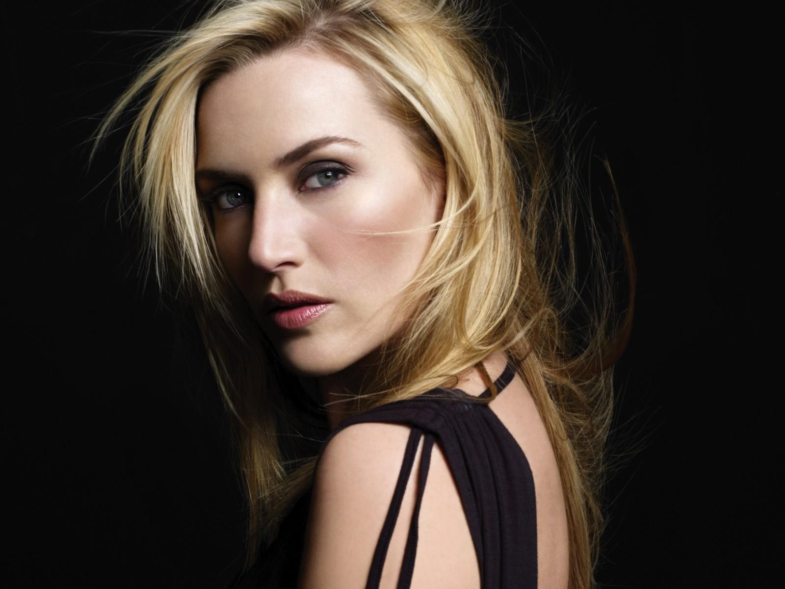 Kate Winslet - Wallpaper Hot