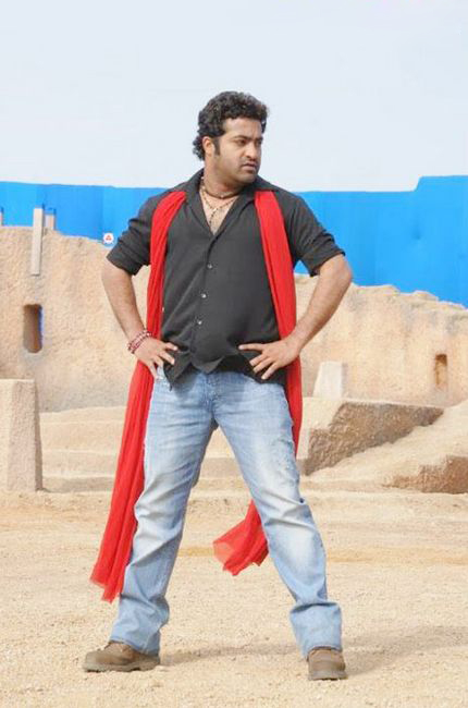Oosaravelli Movie Stills, Junior Ntr Tamanna Photos From Oosaravelli film pics