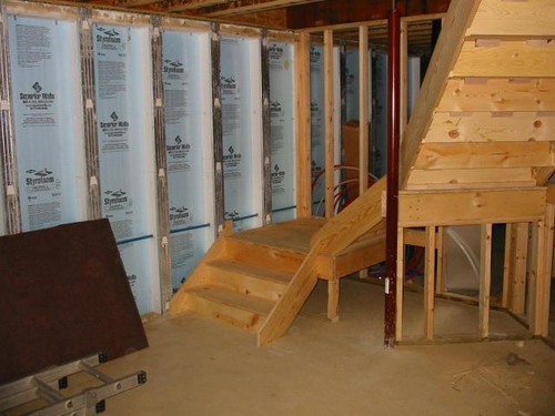 The best general tips for do it yourself building basement for Best basement construction