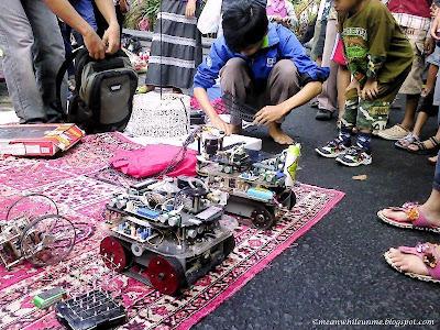 Robot karya Mahasiswa Teknik UGM Jogja Kreatif