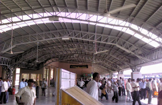 Railway Station in Delhi Cantt