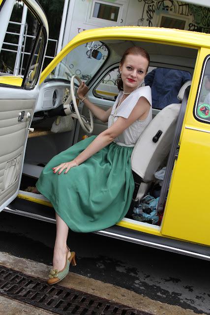фестиваль ретро автомобилей в парке Сокольники