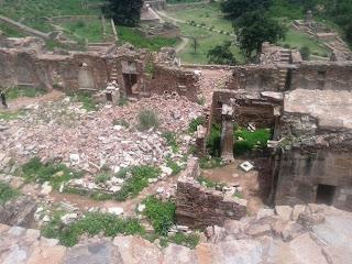Bhangarh palace's Ruins
