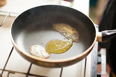 Топим сливочное масло